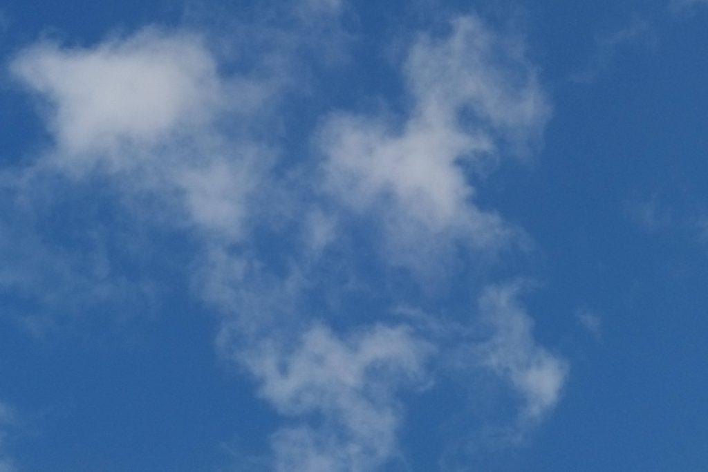 Blauer Himmel und weiße Wölkchen, ein Traum!